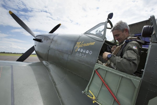 paul-bonhomme-inside-spitfire-cockpit