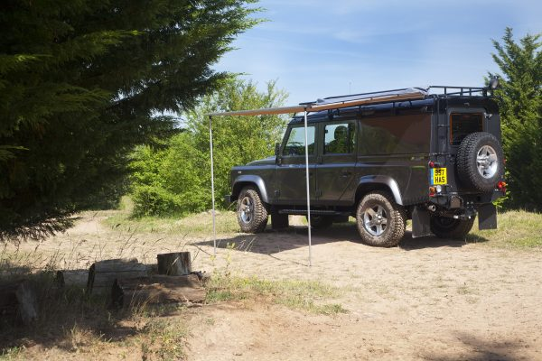 lr_land_rover_defender_monty_halls_dive_centre_04_(65565)