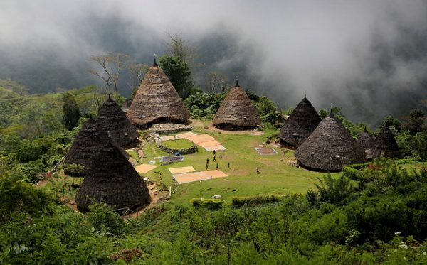 You only need a smidgen of adventurous spirit to want to stay here – this is base camp for Matt's Adventure Academy