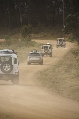 A_convoy_of_Land_Rover_vehicles_negotiating_their_way_through_testing_terrain_on_the_1000km_journey_(115664)